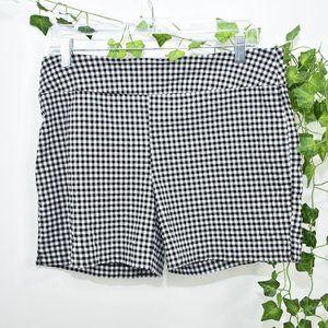 Attyre black and white picnic plaid shorts 12